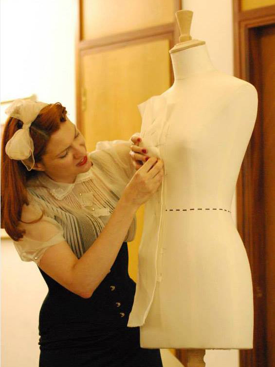 Draping demo at the Oxford Conference of Corsetry