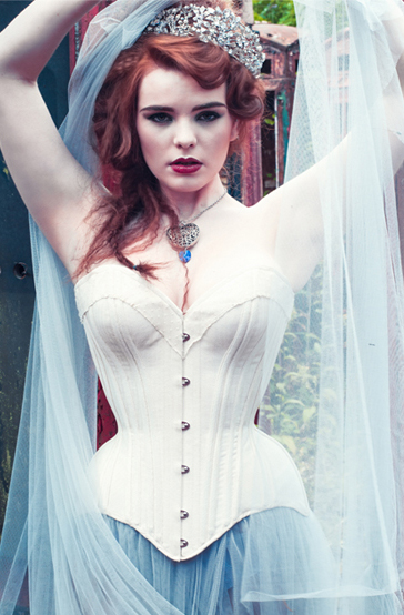 Very Curvy Cream Coutil Corset
