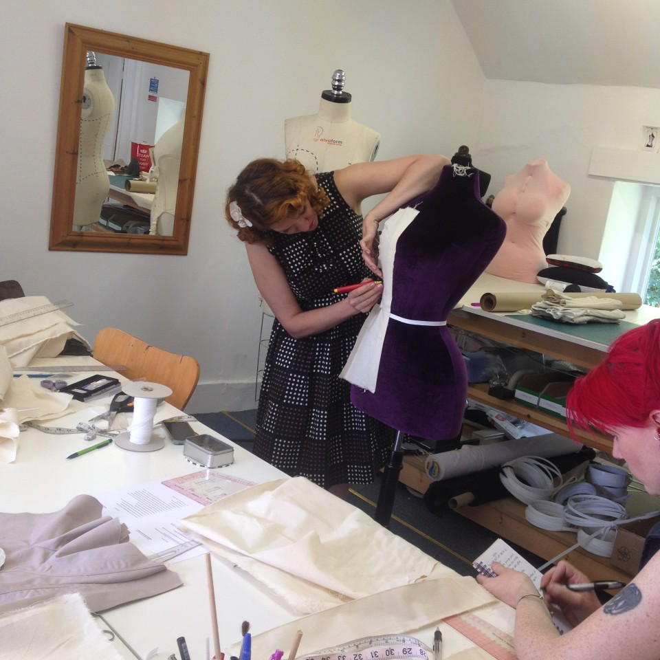 Gerry teaching at the Oxford School of Corsetry